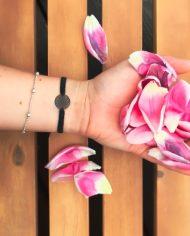 Blumen armband schwarz