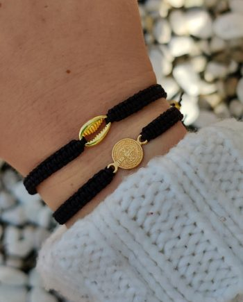 Macrame-Bracelets